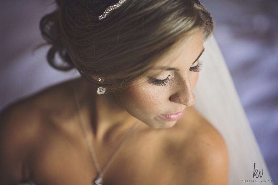 bride getting ready orlando wedding photographers by kv photography