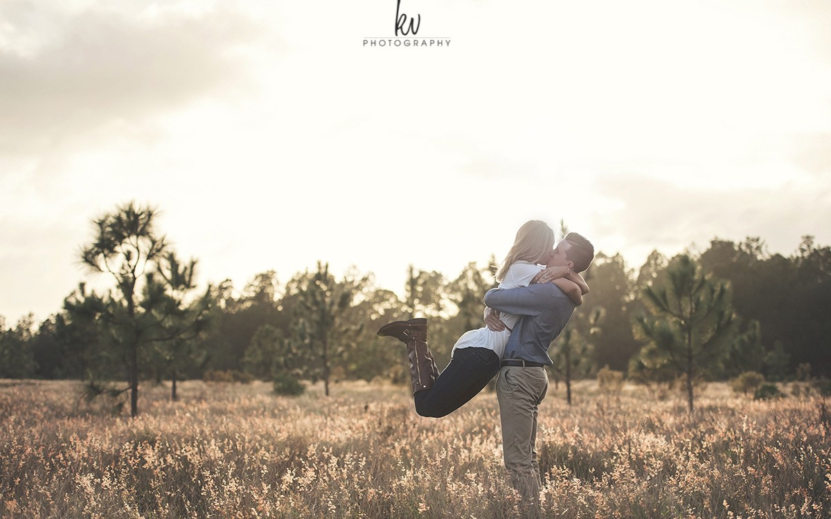 Stephanie and Kyle | Engagement Photography | Orlando Florida