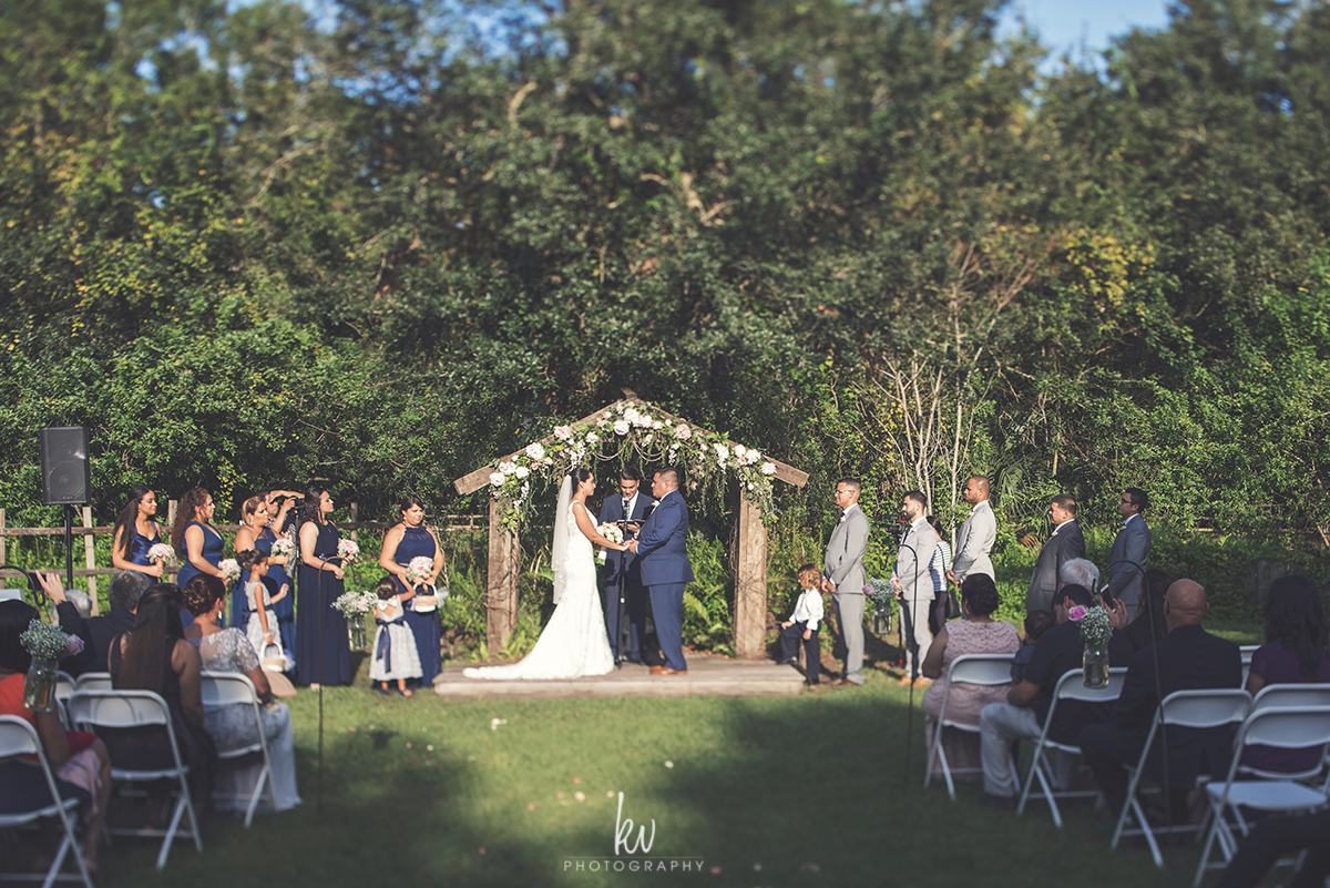 Birdsong Barn Wedding by KV Photography Orlando Photographers